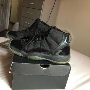 Jordan gamma 11 size 7Y